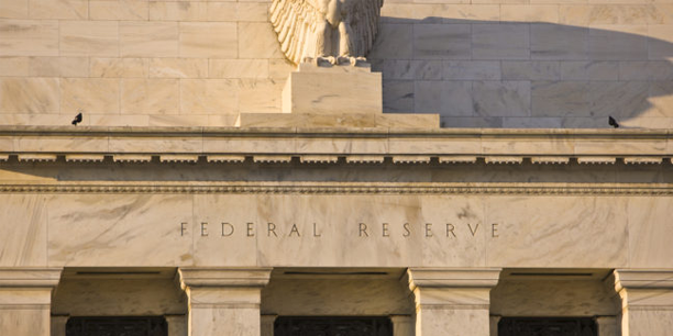Nomi Prins: FED Chairman Is Between a Rock and a Hard Place
